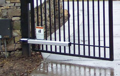 Установка автоматики на ворота распашного типа